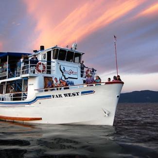 Far-West-Tour-Boat